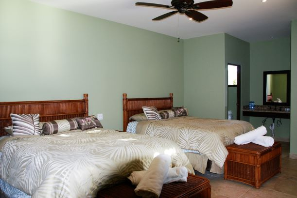 Desert - Mountain View Room - 2 Queen Beds